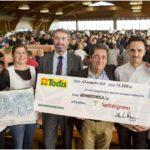 Todis consegna a San Patrignano un assegno di 15.000 euro