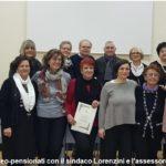 Il sindaco e l'assessore De Masi salutano i neo-pensionati della scuola