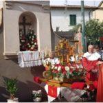"""Processione della Croce, la tradizione si ripete. Un tiepido sole primaverile ha """"benedetto"""" la festa patronale"""