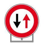 Via Terni, 1 e 2 agosto senso unico alternato per lavori