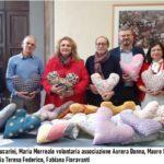 Un cuore per le donne, cuscini allevia dolore per le donne operate di tumore al seno
